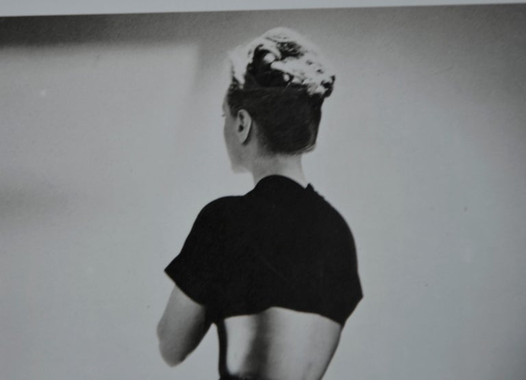 Black and White Photo Lithograph by Maurice Tabard for Harper's Bazaar, 1947 In Good Condition For Sale In Houston, TX