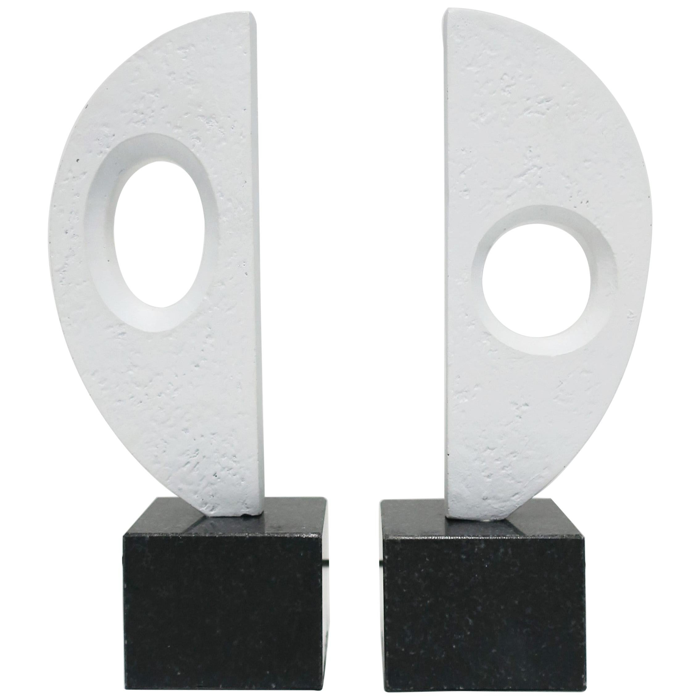 Black and White Plaster Abstract Sculptures or Bookends on Marble Bases, Pair