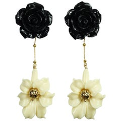 Black and White Power, Colored Flowers Resins in Gold-Plated Silver Clasps
