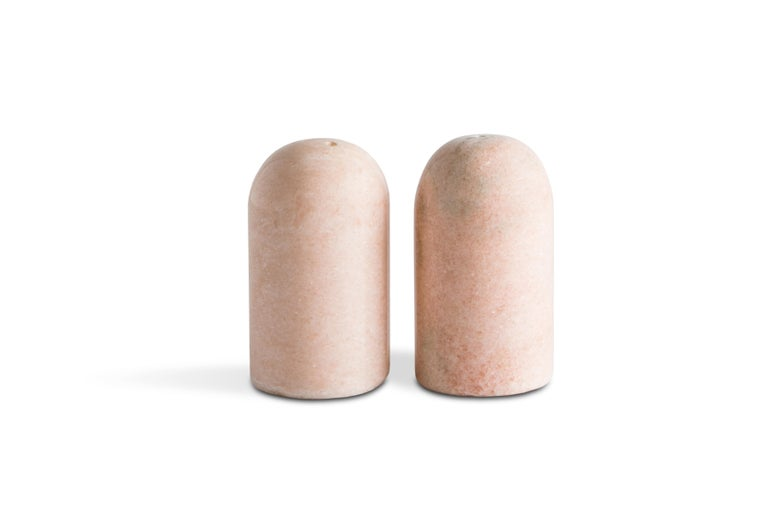 Hand-Crafted Black and White Rounded Salt and Pepper Set For Sale