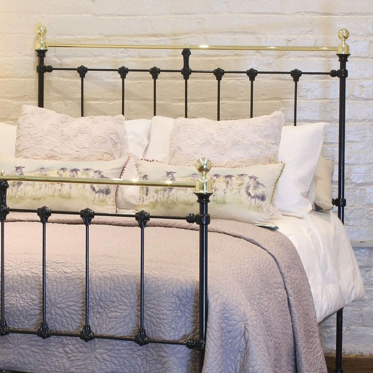 Victorian Black Antique Bed MD90 For Sale
