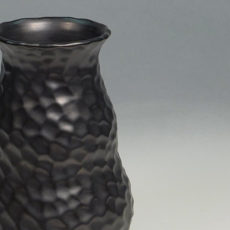 Elegant dimple vase designed by Gerardus Klinkenberg and produced at the Katwijk factory in the Netherlands, circa 1920s