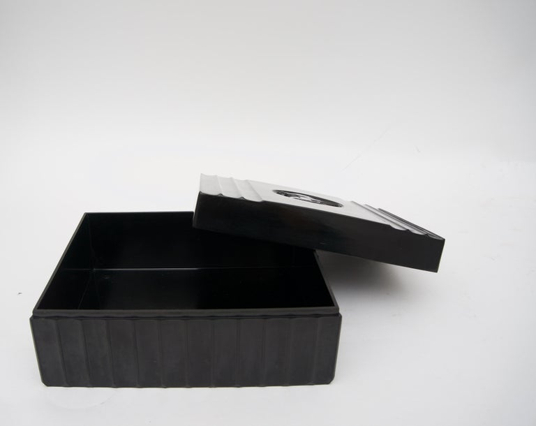 Black Bakelite American Art Deco Storage Box For Sale 1