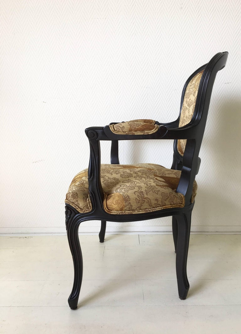 Black Baroque Armchair with Wildlife Designed Fabric by Ascension Latorre, Spain In Excellent Condition For Sale In Schagen, NL