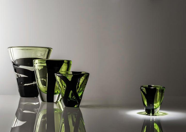 Kleine Vase in Grün und Schwarz von Peter Marino 3