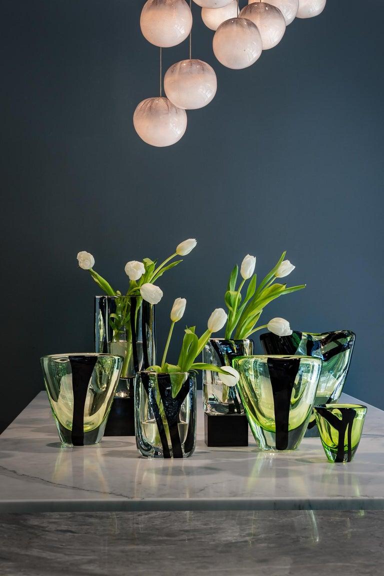 Kleine Vase in Grün und Schwarz von Peter Marino 4