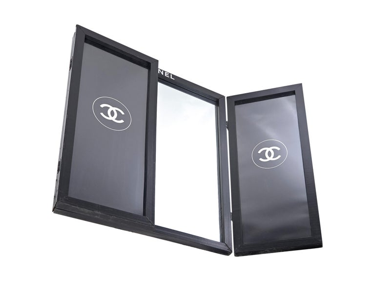 Black Chanel Logo-Accented Bifold Mirror In Good Condition For Sale In New York, NY