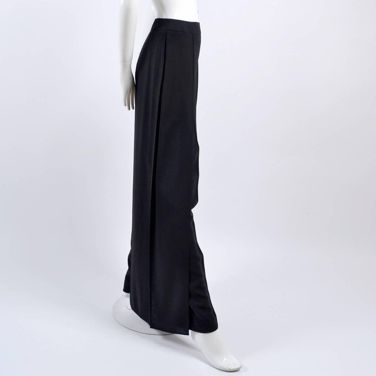 New 1990s Black Wool Chanel Pants W High Waist & Side Fly Away Panel 40 US 10 For Sale 1