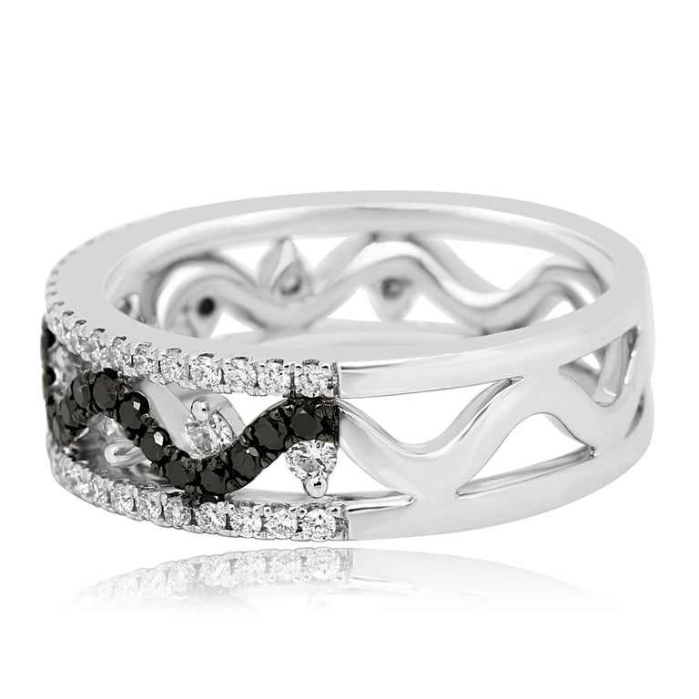 Round Cut Black Diamond White Diamond Three-Row Gold Fashion Cocktail Band Ring For Sale