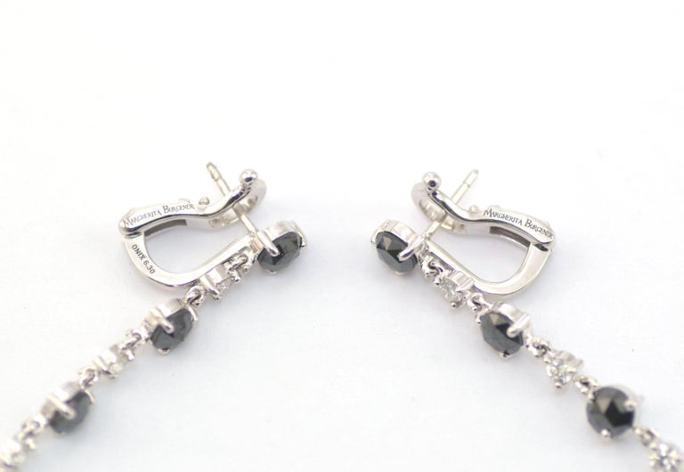 Women's Black Diamonds White Diamonds Onyx 18 KT White Gold Long Earrings Made in Italy For Sale