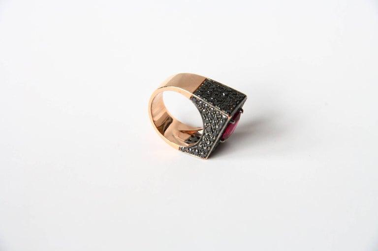 Art Deco Black Diamonds Spinel 18 Karat Rose Gold Ring For Sale