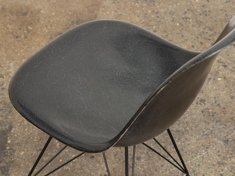 Black Eames for Herman Miller Shell Chair on Eiffel Base In Good Condition For Sale In Brooklyn, NY