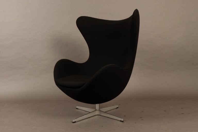 Black Egg Chair 3316 by Arne Jacobsen for Fritz Hansen, 2007 6