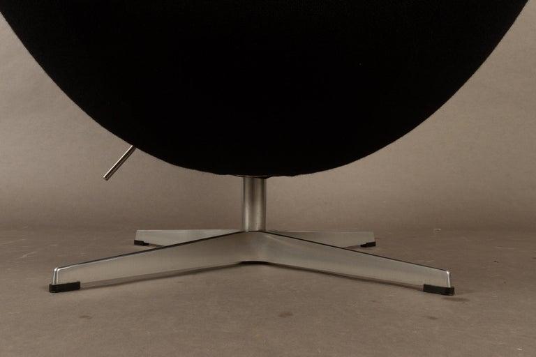 Black Egg Chair 3316 by Arne Jacobsen for Fritz Hansen, 2007 9