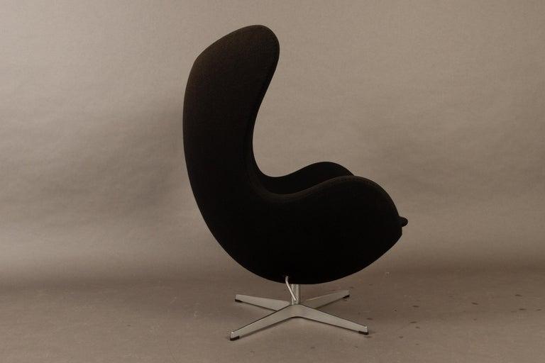 Contemporary Black Egg Chair 3316 by Arne Jacobsen for Fritz Hansen, 2007