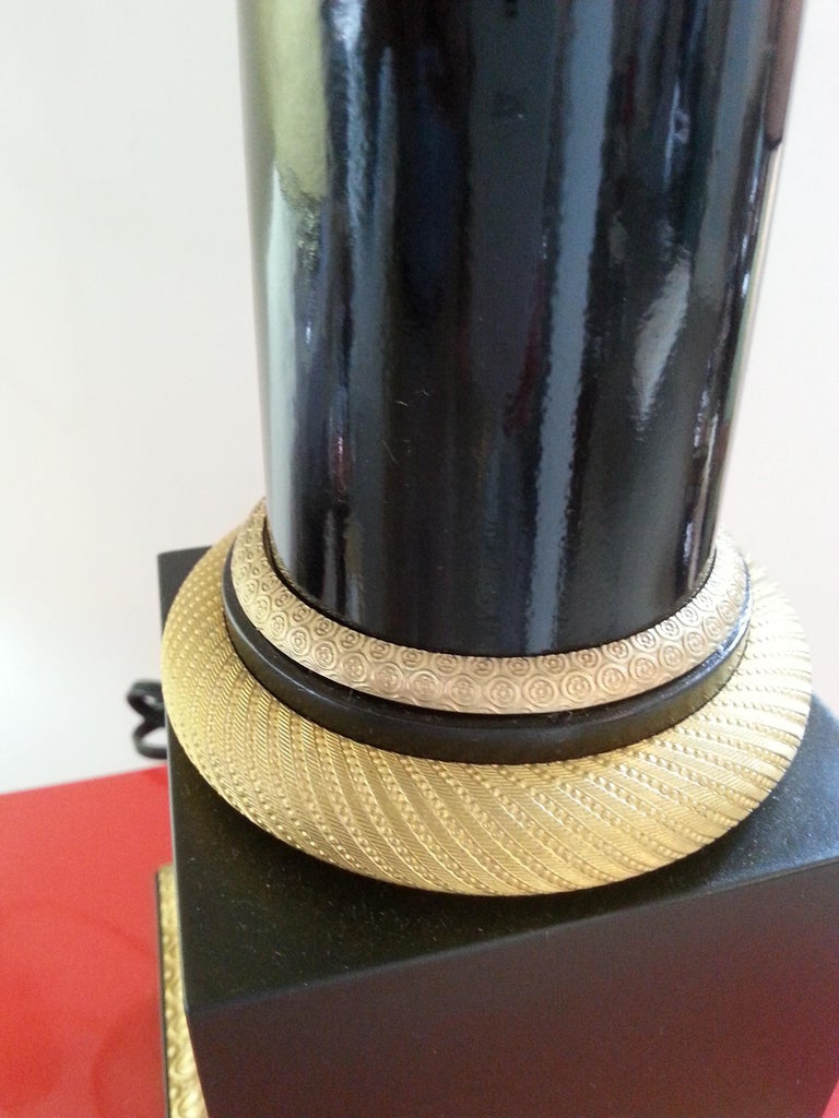 Black Enamel and Bronze Table Lamp In Good Condition For Sale In West Palm Beach, FL