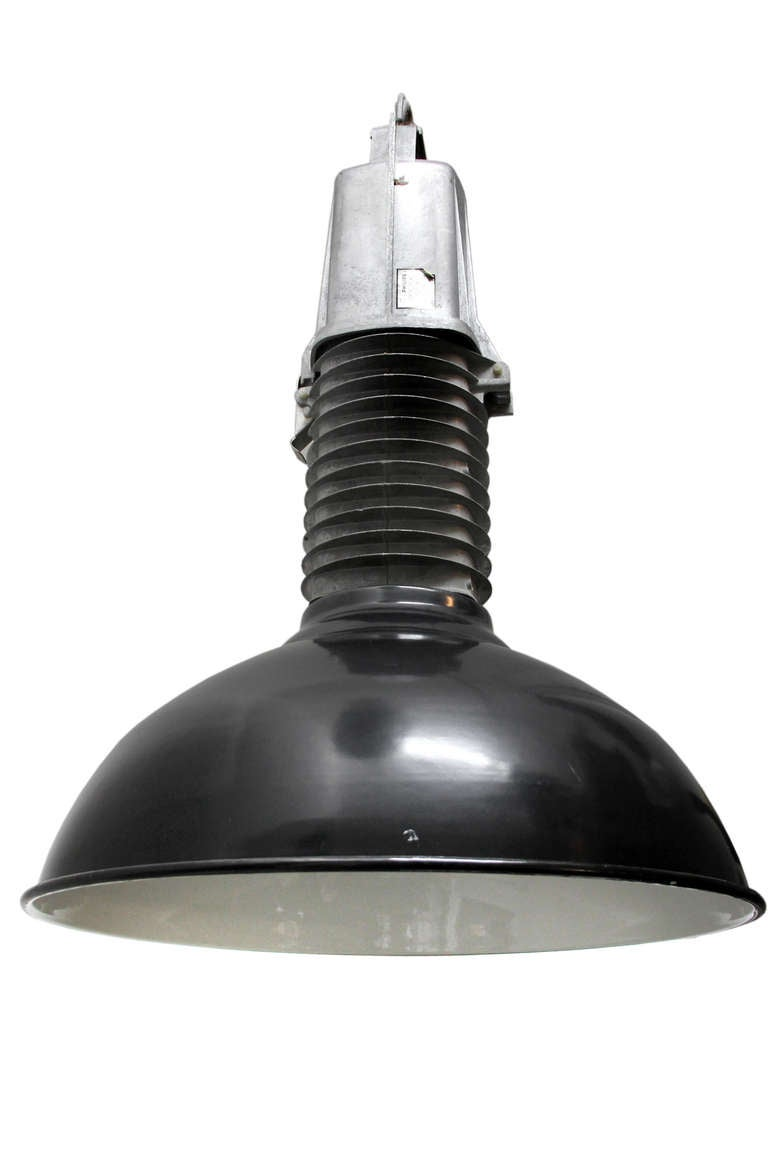 Black Enamel Dutch Design Vintage Industrial Cast Aluminum Pendant Light In Good Condition For Sale In Amsterdam, NL
