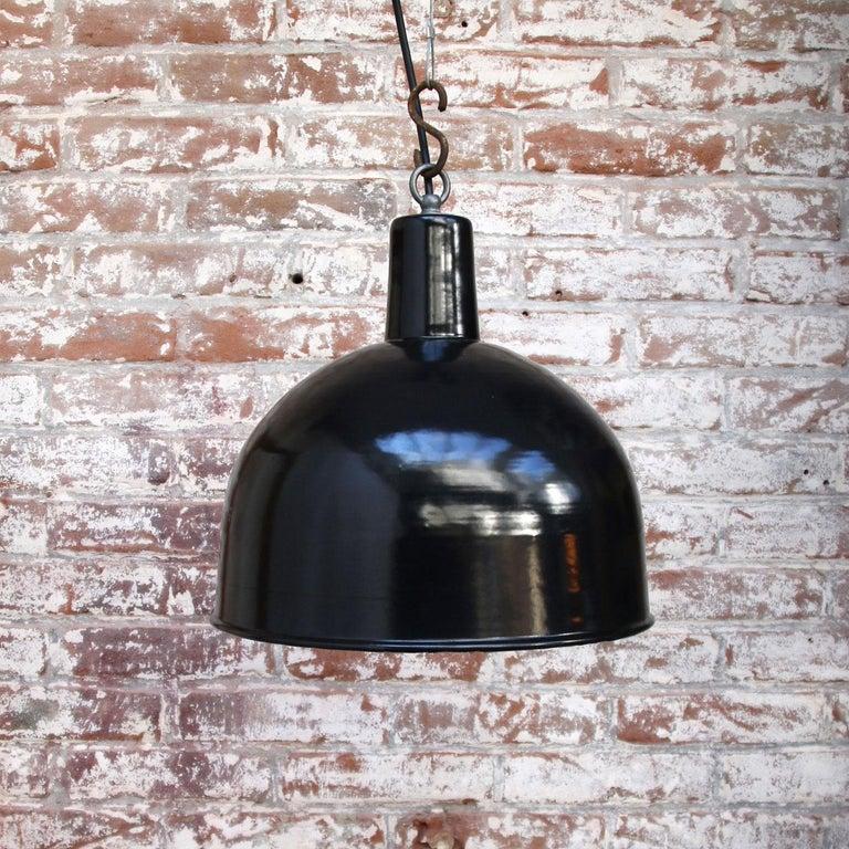 Black Enamel Vintage Industrial Factory Hanging Lights Pendants For Sale 3