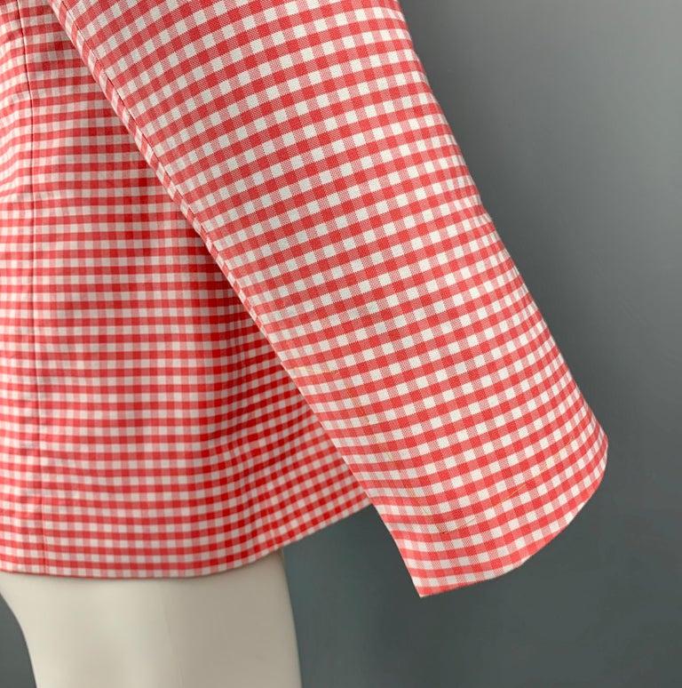 BLACK FLEECE Size 40 Coral & White Checkered Cotton Notch Lapel Sport Coat For Sale 1