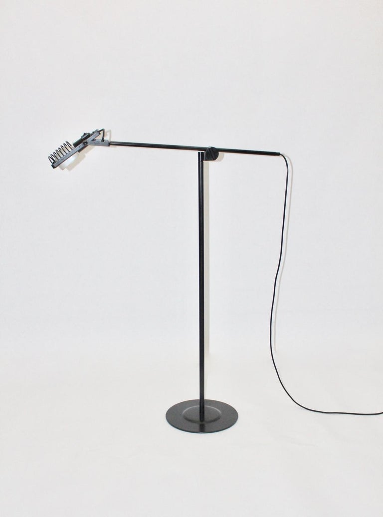 This presented vintage floor lamp
