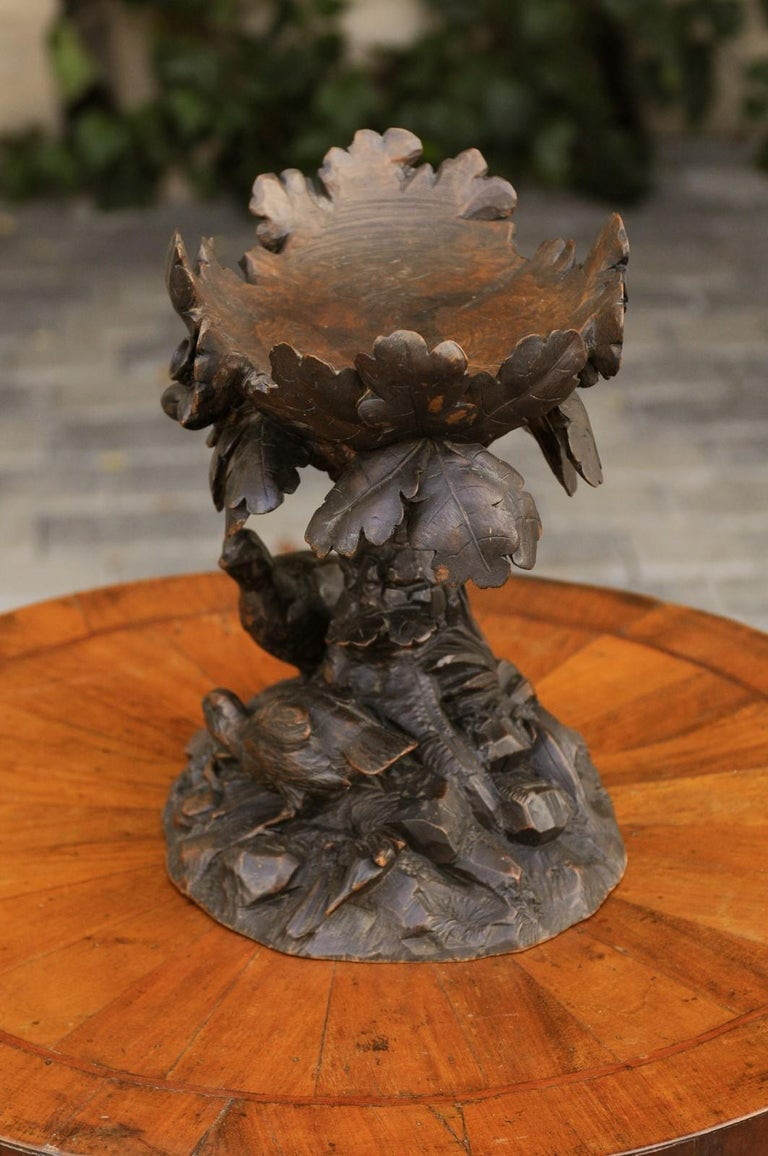 Black Forest 1880s Swiss Compote with Hand Carved Birds, Tree and Foliage For Sale 4