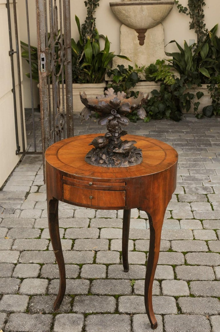 Black Forest 1880s Swiss Compote with Hand Carved Birds, Tree and Foliage In Good Condition For Sale In Atlanta, GA