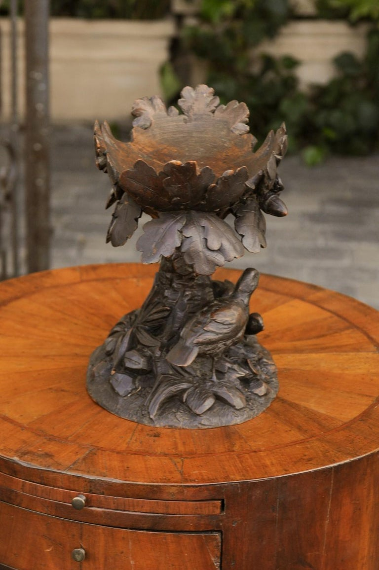 Black Forest 1880s Swiss Compote with Hand Carved Birds, Tree and Foliage For Sale 1