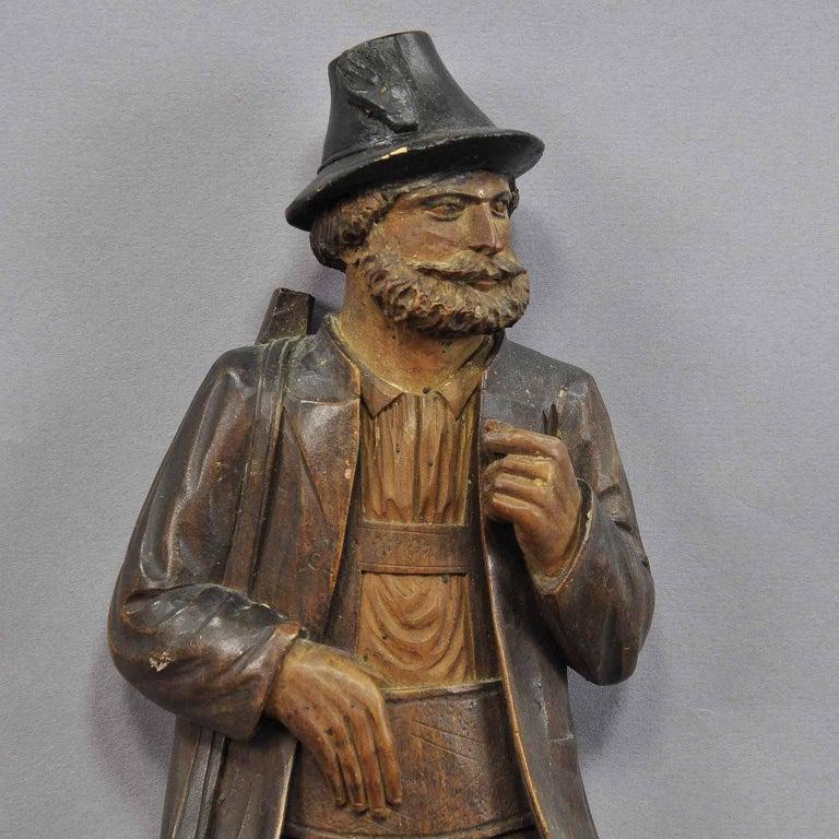 Handgeschnitzte Jäger-Figur als Peitschenhalter, Brienz, um 1890 3