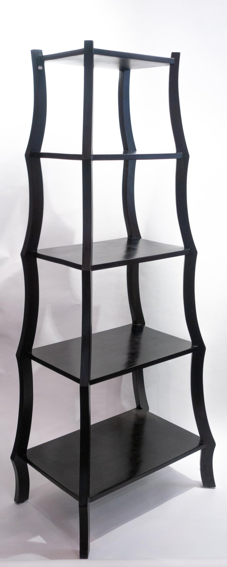 Black Free Standing Étagère In Good Condition For Sale In New York, NY