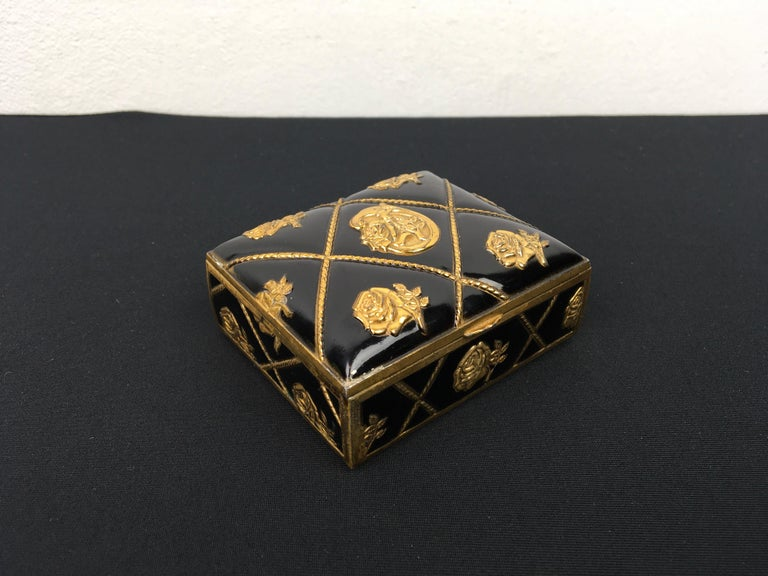 Black Gold Metal Jewelry Box or Trinket Box with Roses For Sale 9