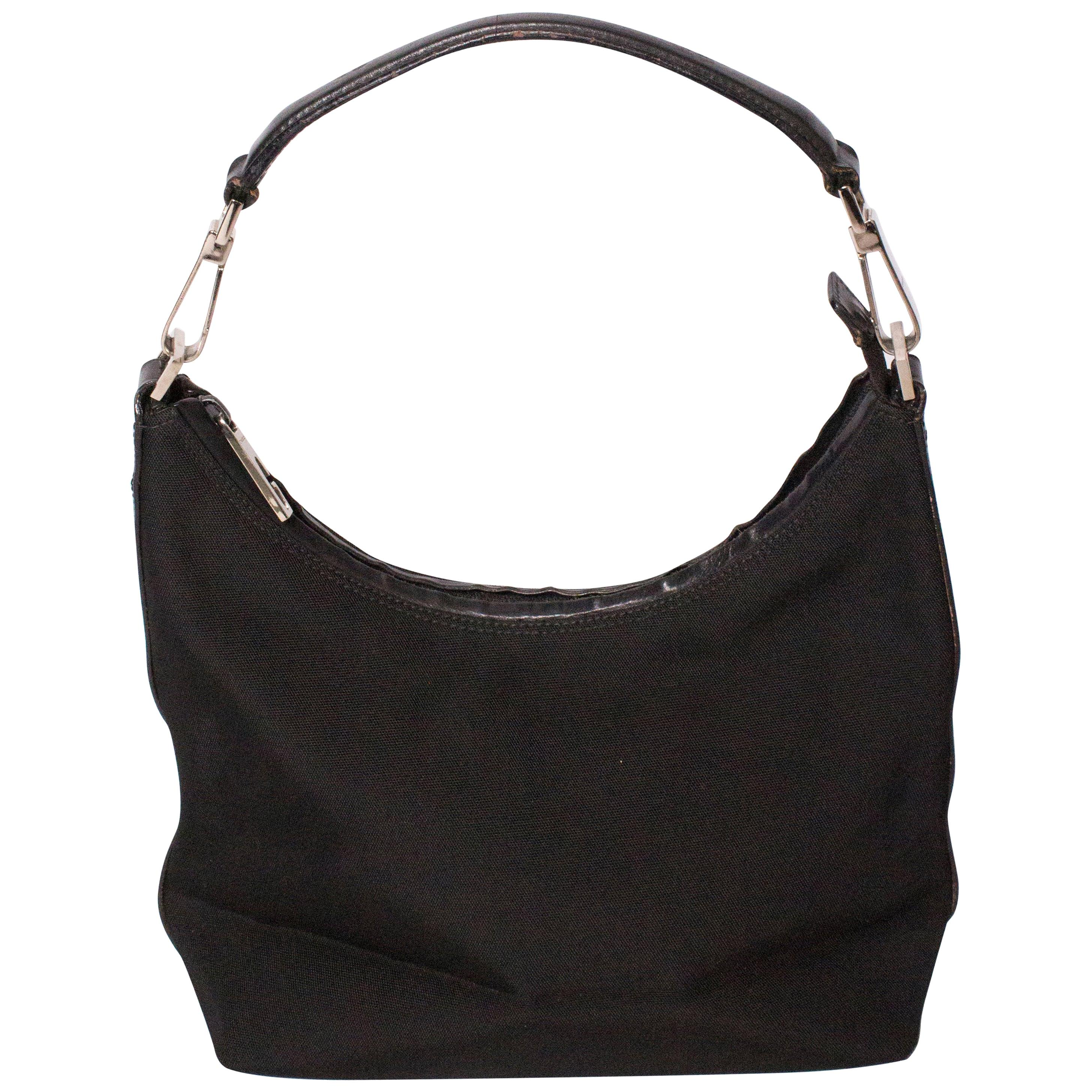 5dc75da68c656 Gucci Black Leather Shoulder Bag with Black Bamboo Handle For Sale at  1stdibs