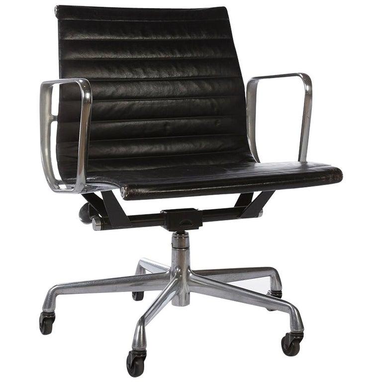 Outstanding Black Herman Miller Original Eames Ea335 Office Chair Castor Base Forskolin Free Trial Chair Design Images Forskolin Free Trialorg