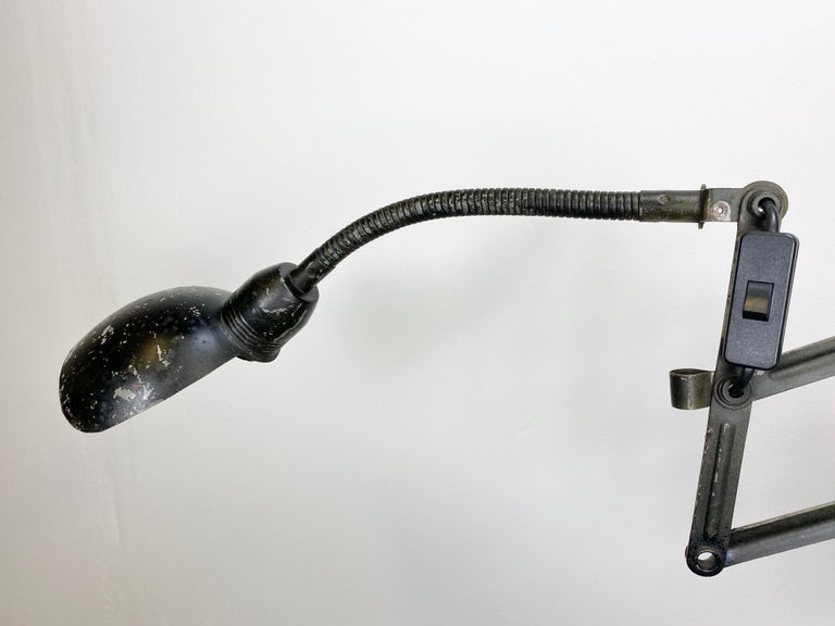 Black Industrial Scissor Wall Lamp, 1960s In Good Condition For Sale In Mratin, CZ