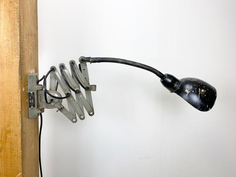 Black Industrial Scissor Wall Lamp, 1960s For Sale 1