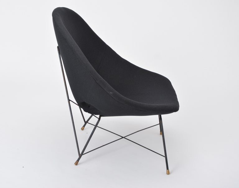 Black Italian Cosmos Lounge Chair by Augusto Bozzi for Saporiti For Sale 5
