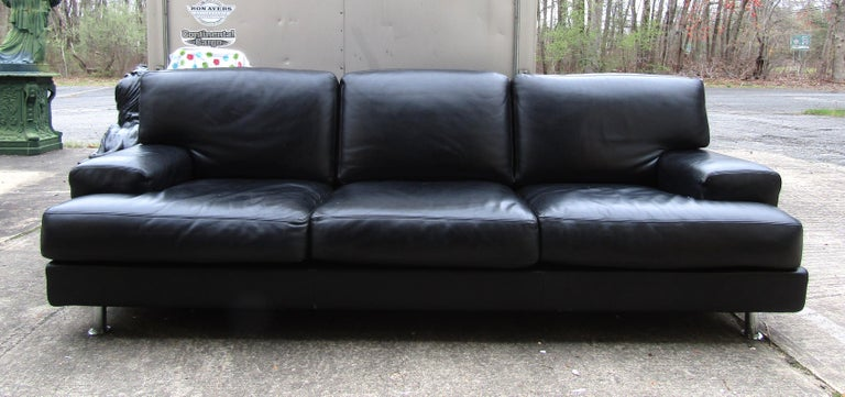 Vintage modern sofa in black leather by B&B Italia.  Please confirm the item location (NY or NJ).
