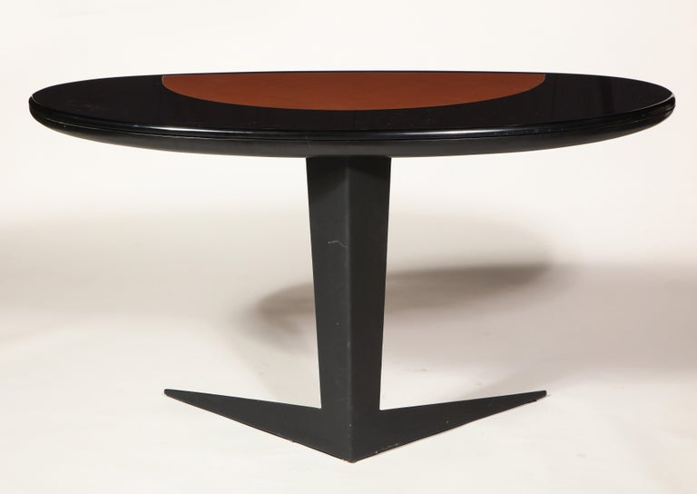 Mid-20th Century Black Lacquer and Steel Oval Desk Console Entry Table, France, circa 1960s For Sale