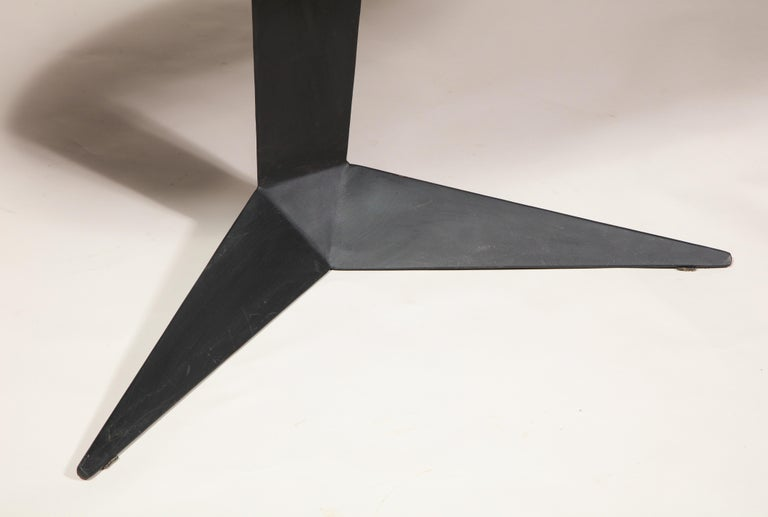 Black Lacquer and Steel Oval Desk Console Entry Table, France, circa 1960s For Sale 1
