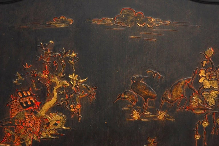 Black Lacquer Chinoiserie Decorated Fireplace Screen In Good Condition For Sale In Oakland, CA