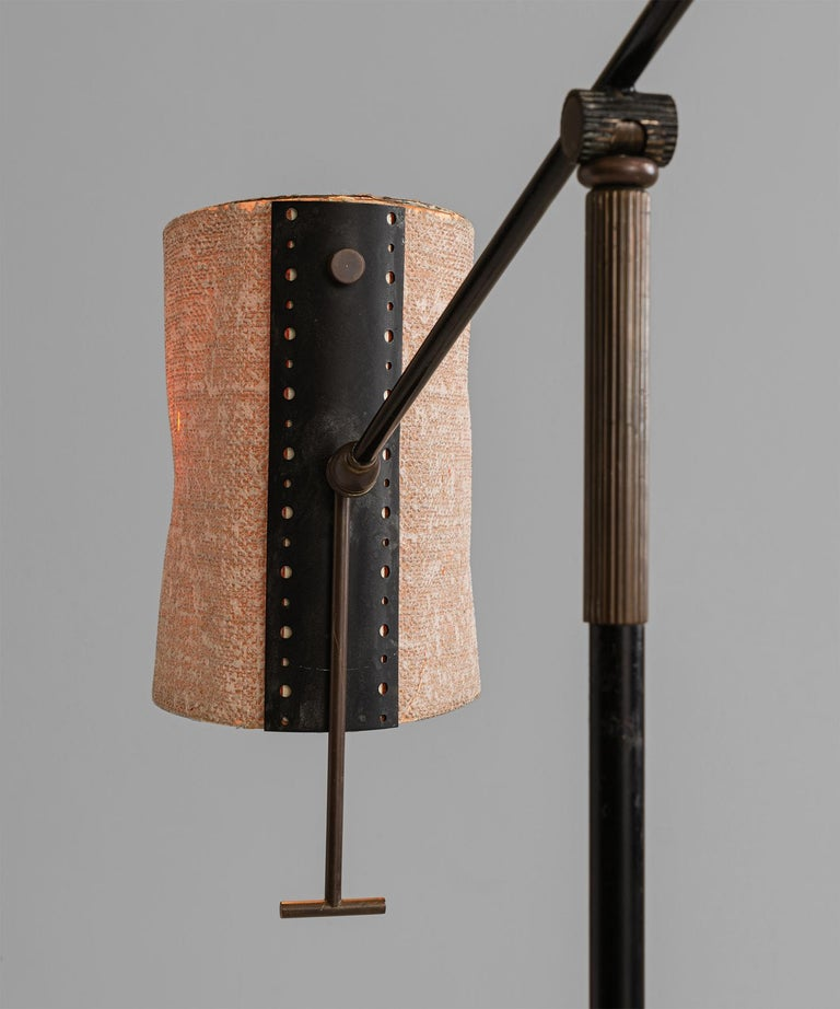 French Black Lacquered & Gilt Brass Floor Lamp by Maison Lunel, France, circa 1950 For Sale