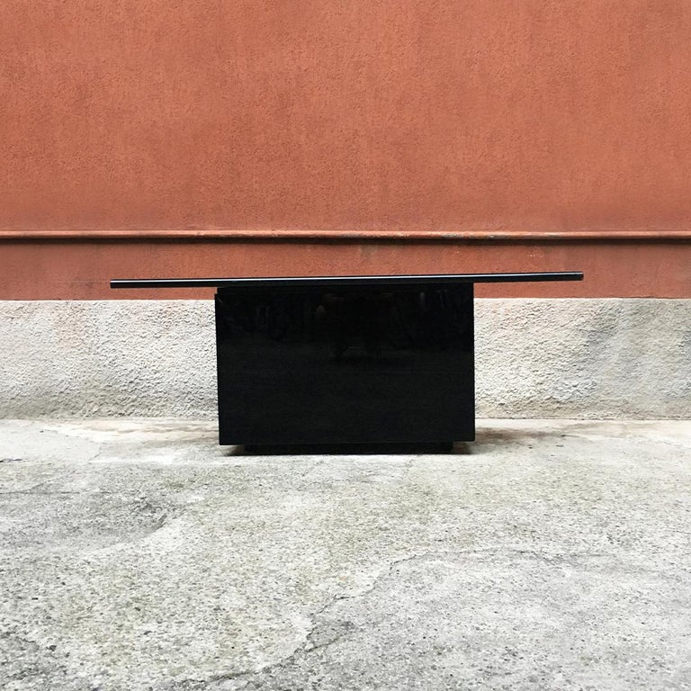Late 20th Century Black Lacquered Sheraton Sideboard by G.Stoppino and L.Acerbis by Acerbis, 1977