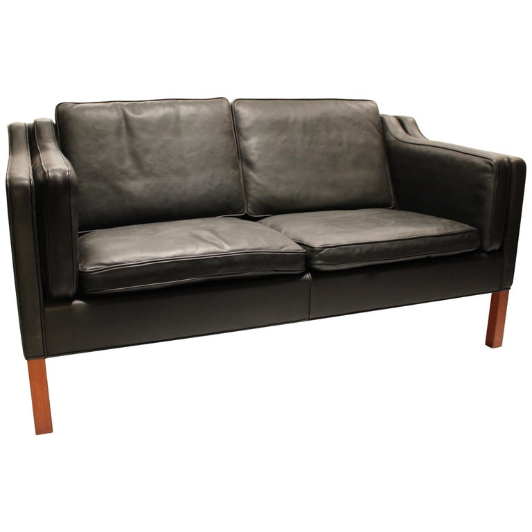Black Leather 2-Seat Sofa with Legs of Mahogany, Model 2212, by Børge Mogensen For Sale