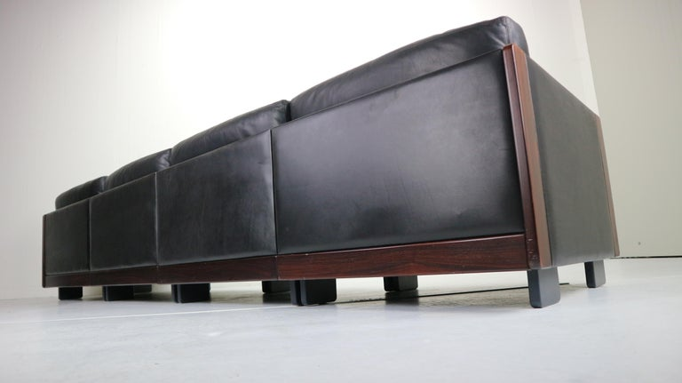 Black Leather 4-Seat Sofa by Afra & Tobia Scarpa for Cassina Model 920, 1960s For Sale 4