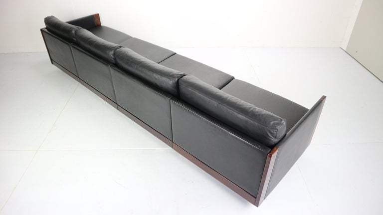 Black Leather 4-Seat Sofa by Afra & Tobia Scarpa for Cassina Model 920, 1960s For Sale 5