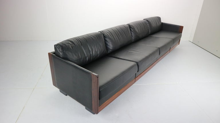 Black Leather 4-Seat Sofa by Afra & Tobia Scarpa for Cassina Model 920, 1960s For Sale 2