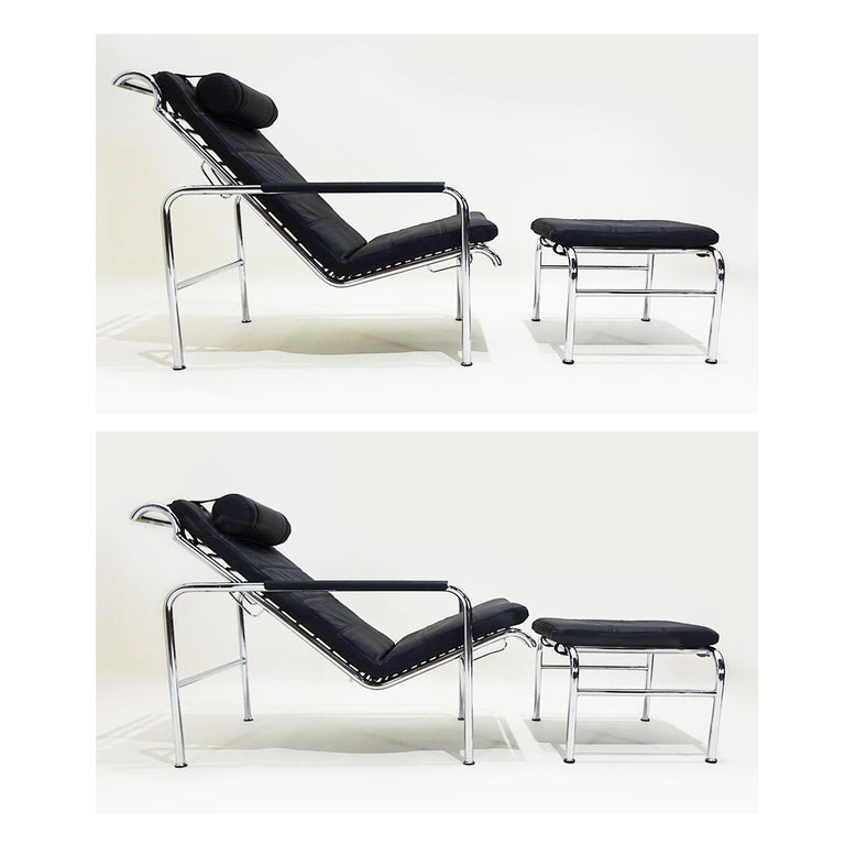 Black Leather and Chrome Gabriele Mucchi Genni Reclining Chairs and Ottomans For Sale 3