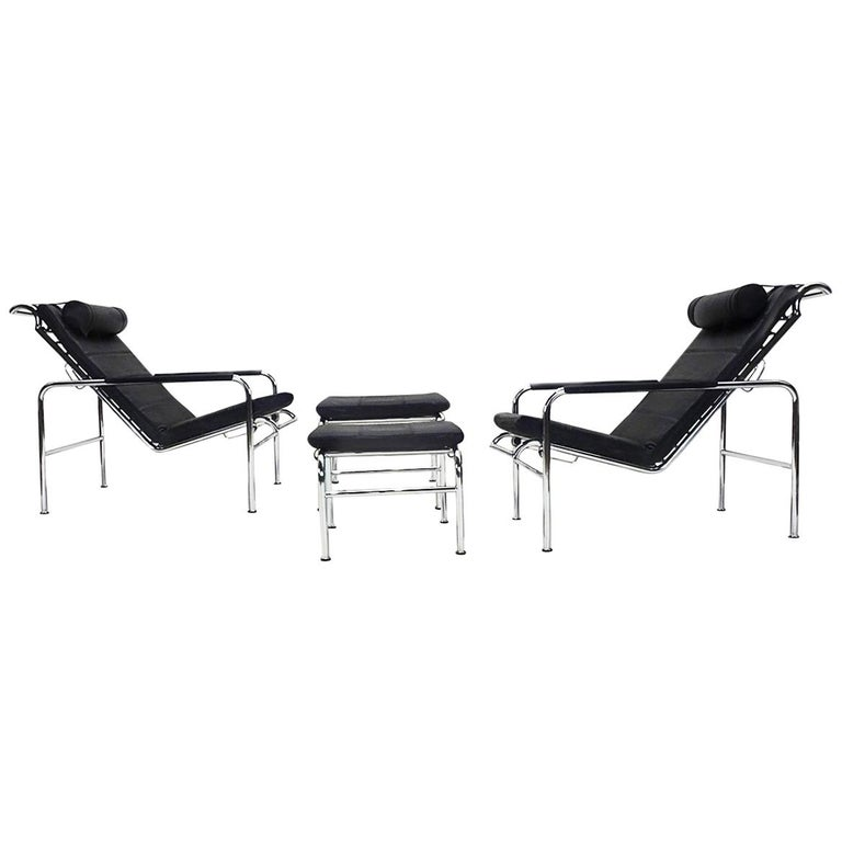 Black Leather and Chrome Gabriele Mucchi Genni Reclining Chairs and Ottomans For Sale