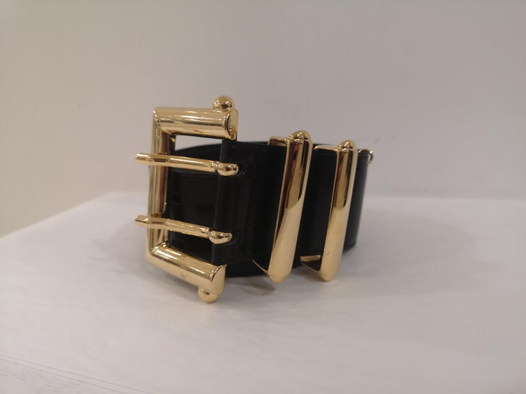 Black leather and gold hardware belt NWOT totally made in italy total lenght 97 cm heigh 5 cm