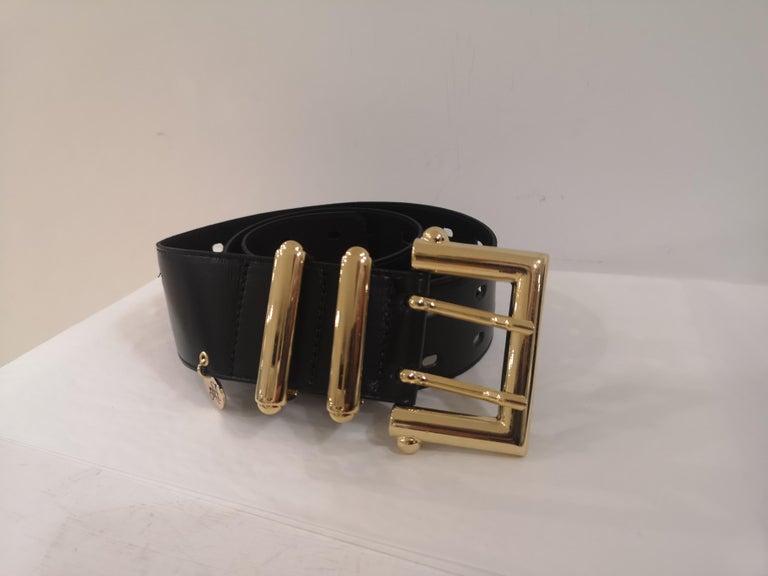 Black leather and gold hardware belt NWOT For Sale 1