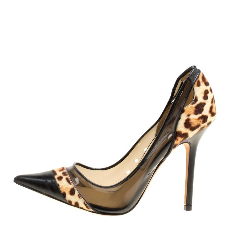 Black Leather and Leopard Print Pony Hair Binnis Pointed Toe Pumps Size 35 For Sale 2